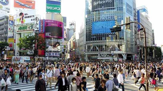 سفر به توکیو: بهترین زمان سفر، کارهایی که باید انجام دهید و نکات دیگر