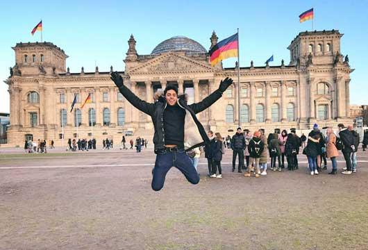 چگونه بورسیه تحصیلی آلمان بگیریم؟ (راهنمای 2022)